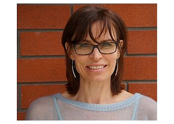 Kelowna pediatric optometrist Dr. Louise Myshack, OD
