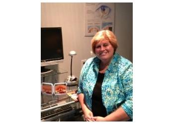 Sault Ste Marie pediatric optometrist Dr. Lynda Myles, OD