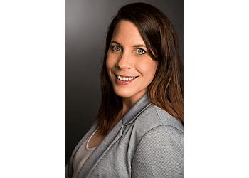Quebec psychologist Dr. MARIE-PIER DÉRY, Ph.D