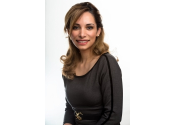 Vancouver dentist Dr. Mahsa Farshchi, DDS