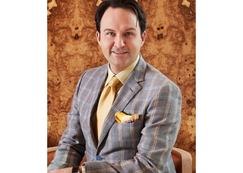 Richmond Hill plastic surgeon Dr. Marc DuPéré, MD, CM, FRCSC