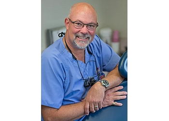 Kawartha Lakes cosmetic dentist Dr. Mark Evans, DDS