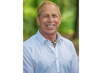 Winnipeg orthodontist Dr. Mark Rykiss, DDS