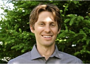 Moncton cosmetic dentist Dr. Matt Bradshaw, DDS