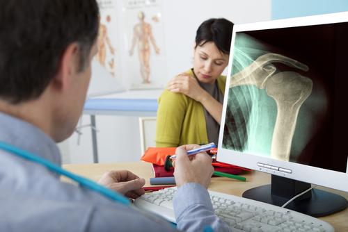 Welland orthopedic Dr. Matthew Gunton, MD, FRCSC