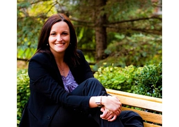 Aurora naturopathy clinic Dr. Meghan MacKinnon, ND