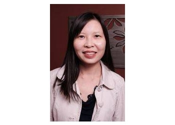 Aurora pediatric optometrist Dr. Myrna Wong, OD