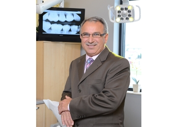 Welland cosmetic dentist Dr. Nihad Rashid, DDS