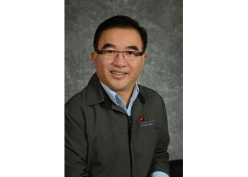 Longueuil cosmetic dentist Dr. Phuc Huynh, DDS