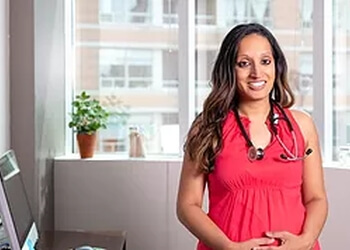 Toronto primary care physician Dr. Poonam Batra, MD