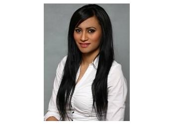 Surrey chiropractor Dr. Raji Thindal, DC