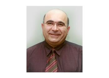 Dr. Razvan Moïsescu, MD