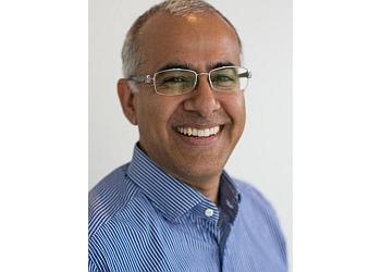 Surrey plastic surgeon Dr Rizwan Mian, MD