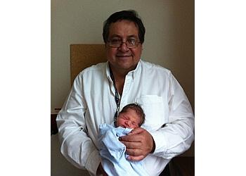Dr. Roberto Leon, MD
