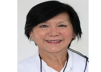 Montreal orthodontist Dr. Rosalinda Go