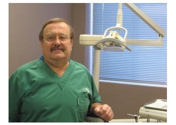 Saskatoon dentist Dr. Ross Houseman, DDS