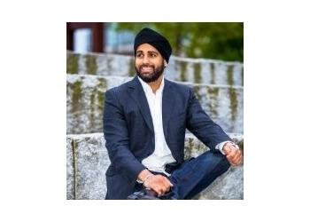 Surrey optometrist Dr. Shailinder Bhullar, OD