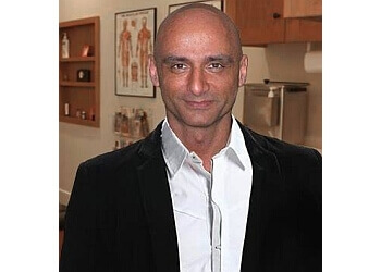 Saint Jerome chiropractor Dr. Selim Michel Karout, CHIROPRATICIEN DC