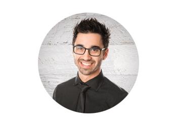 Blainville chiropractor Dr. Simon Cinq-Mars, CHIROPRATICIEN DC