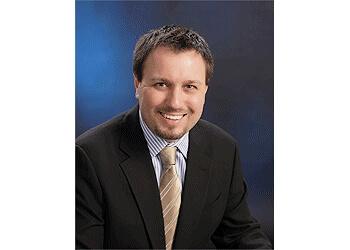 Oakville cosmetic dentist Dr. Stephen Phelan, DDS