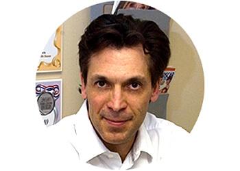 Oakville dentist Dr. Steven Solomon, DDS
