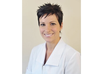 Granby dentist Dr Véronique Martel, DDS