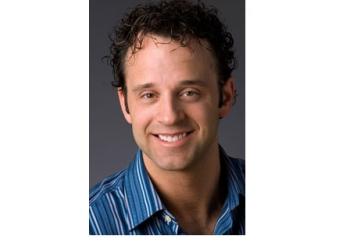 Winnipeg cosmetic dentist Dr. Zdan Shulakewych, DDS