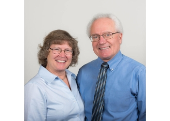 Huntsville dentist Drs. John and Sharon Koncan, DDS