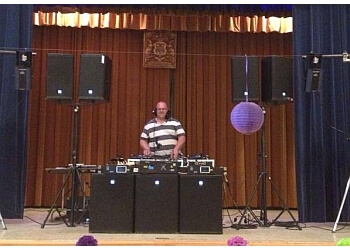 Moncton dj Dynamic Sounds Disc Jockeys