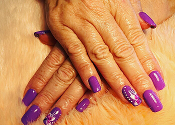 Windsor nail salon Eastside Nails & Spa