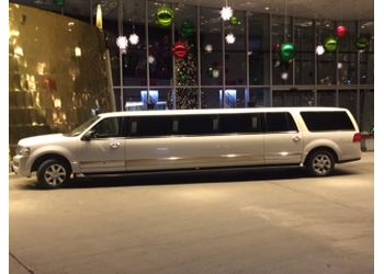 Laval limo service Eccentric Limousine