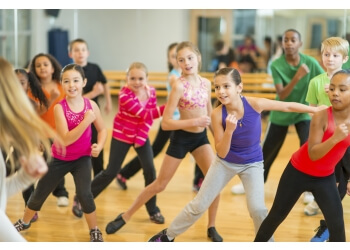 Gatineau dance school Ecole De Danse Guylain Cyr