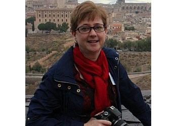 Lethbridge physical therapist Elizabeth, BMR (PT), CAFCI