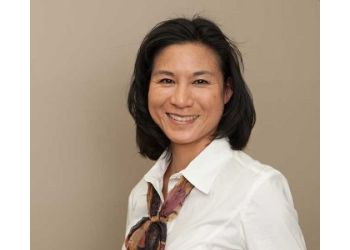 Vaughan manual osteopath Elyse Chan, DOMP, RMT