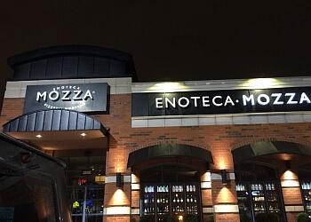 Dollard des Ormeaux pizza place Enoteca Mozza Pizzeria Moderna