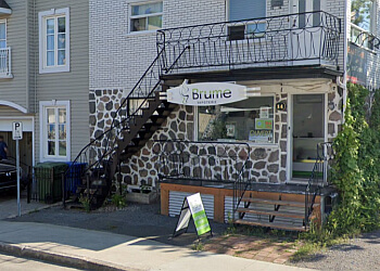 Quebec sign company Enseignes Jean Chainé