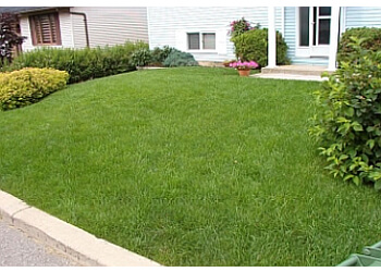 Kawartha Lakes lawn care service Enviro Masters