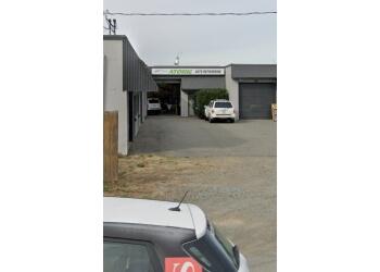 Nanaimo auto body shop Erndor Auto Body
