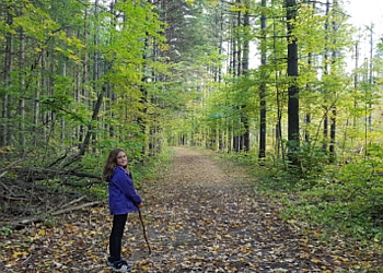 Halton Hills hiking trail Esquesing Conservation Area