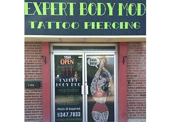 Red Deer tattoo shop Expert Body Modification