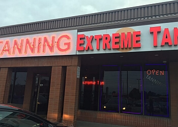 Mississauga tanning salon Extreme Tan