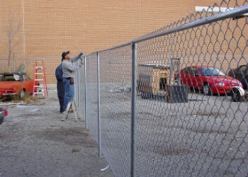 Mississauga fencing contractor FENCE FOR YOU LTD