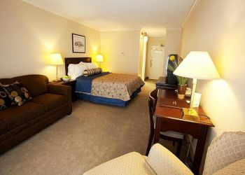 3 Best Hotels In Fredericton Nb Threebestrated Review