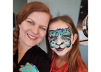 Pickering face painting Face the Art Entertainment