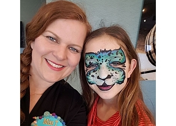 Welland face painting Face the Art Entertainment