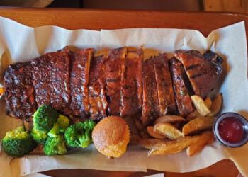 Winnipeg bbq restaurant Famous Dave's Bar-B-Que