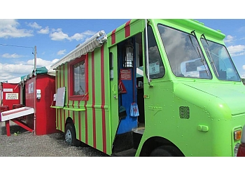 Newmarket food truck Farmers Fresh Food Truck