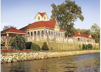 Orillia hotel Fern Resort