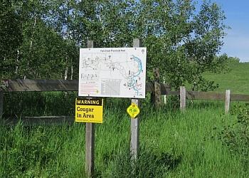 Calgary hiking trail Fish Creek Provincial Park Trail
