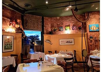 Ottawa fish and chip Flipper's Restaurant